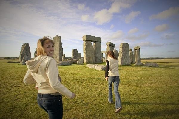 Tours of England - Stonehenge