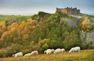 Carreg Cennen Castle, Brecon Beacons, Wales